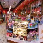 saloans ice cream interior-min